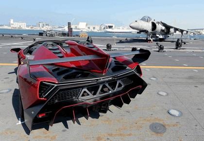 2013 Lamborghini Veneno Roadster - world premiere on Cavour 3