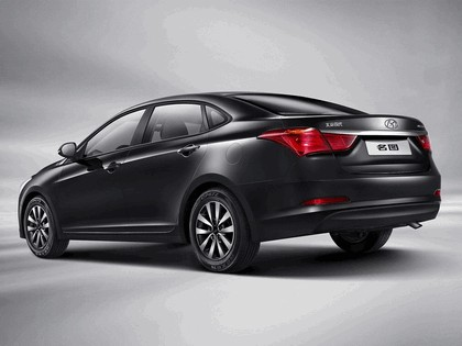 2013 Hyundai Mistra 2
