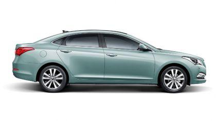 2013 Hyundai Mistra 8