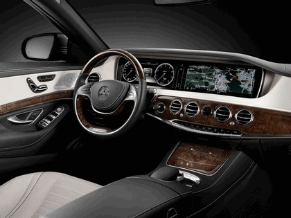 2013 Mercedes-Benz S500 ( W222 ) AMG Sports Package 11