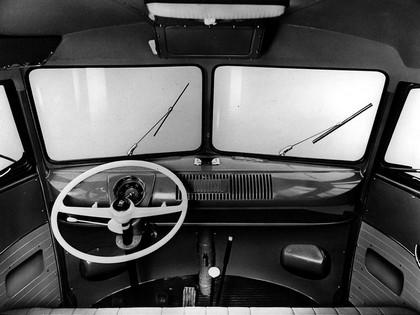 1951 Volkswagen T1 Deluxe Samba Bus 21