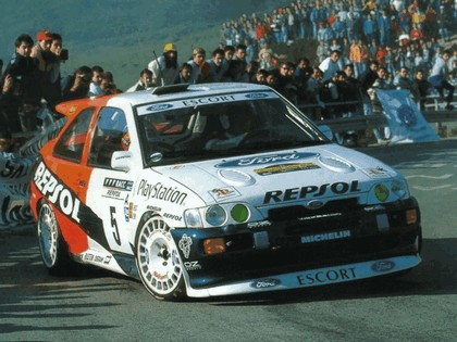 1992 Ford Escort RS Cosworth rally 10