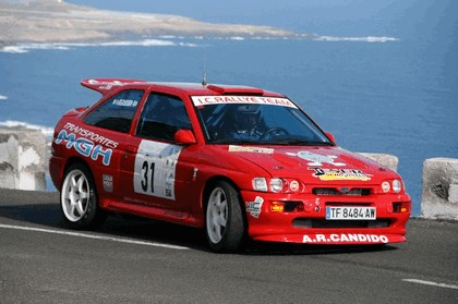 1992 Ford Escort RS Cosworth rally 12