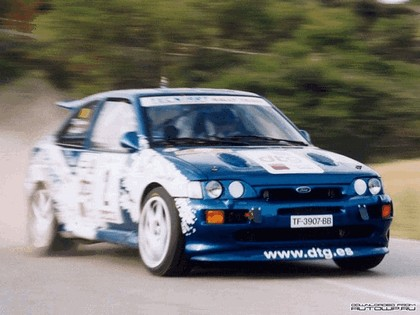 1992 Ford Escort RS Cosworth rally 16