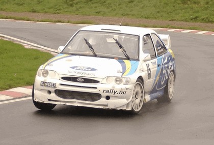 1992 Ford Escort RS Cosworth rally 25