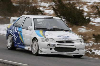 1992 Ford Escort RS Cosworth rally 27