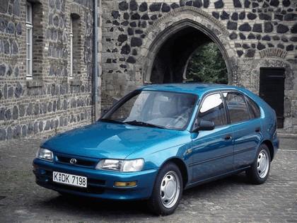 1991 Toyota Corolla ( E100 ) Compact 5-door 1