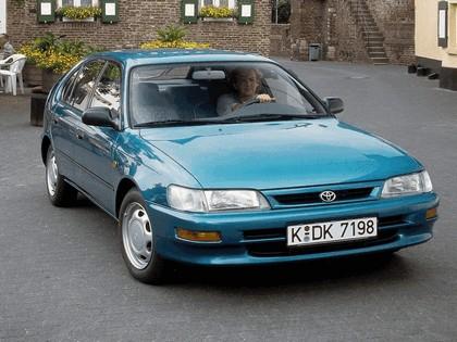 1991 Toyota Corolla ( E100 ) Compact 5-door 3