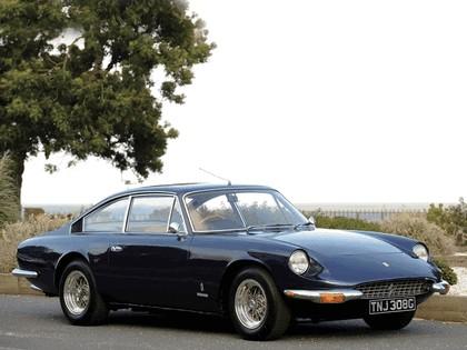 1968 Ferrari 365 GT 2+2 - UK version 1
