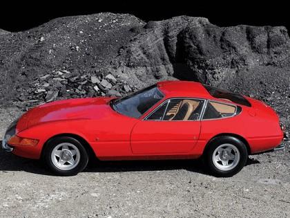 1968 Ferrari GTB-4 - UK version 2
