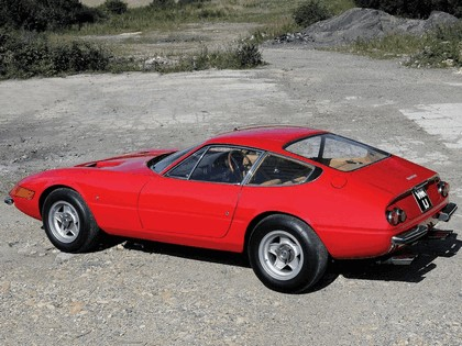 1968 Ferrari GTB-4 - UK version 3