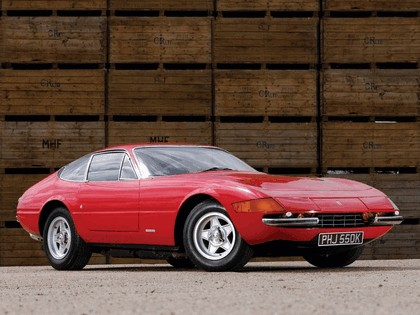 1971 Ferrari GTB-4 - UK version 4