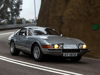 1971 Ferrari GTB-4 - UK version 9