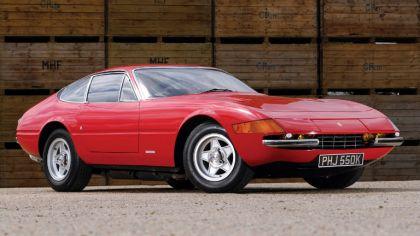 1971 Ferrari GTB-4 - UK version 2