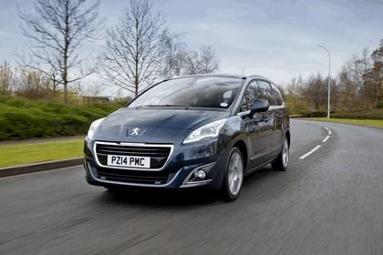 2014 Peugeot 5008 - UK version 1