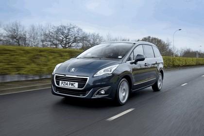2014 Peugeot 5008 - UK version 2
