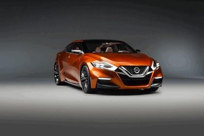 2014 Nissan Sport Sedan Concept 4