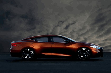 2014 Nissan Sport Sedan Concept 11