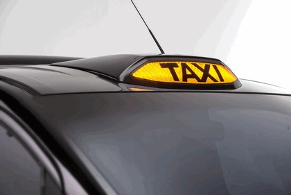 2014 Nissan e-NV200 Taxi for London 8