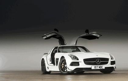 2014 Mercedes-Benz SLS 63 AMG Black Series - UK version 13