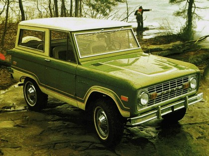 1974 Ford Bronco Wagon 2