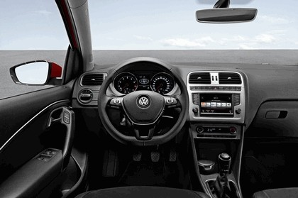 2014 Volkswagen Polo 14