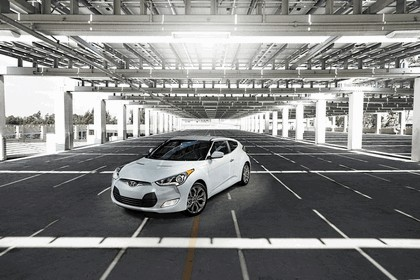 2014 Hyundai Veloster RE-FLEX 1