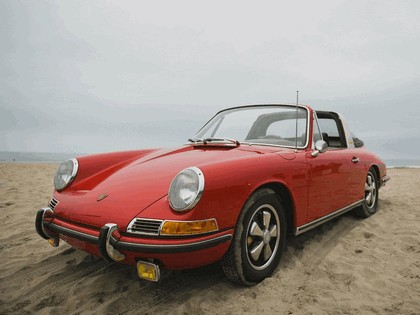 1966 Porsche 911 ( 901 ) S 2.0 Targa - USA version 5