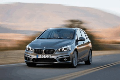 2014 BMW 225i ( F45 ) Active Tourer 4