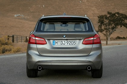 2014 BMW 225i ( F45 ) Active Tourer 8