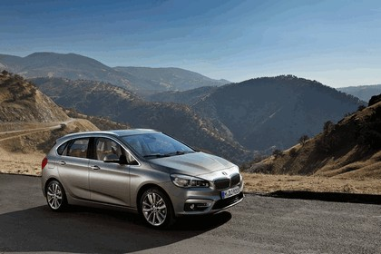 2014 BMW 225i ( F45 ) Active Tourer 22