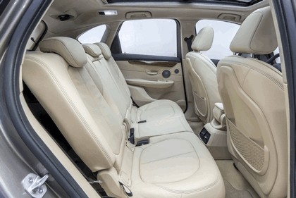 2014 BMW 225i ( F45 ) Active Tourer 52
