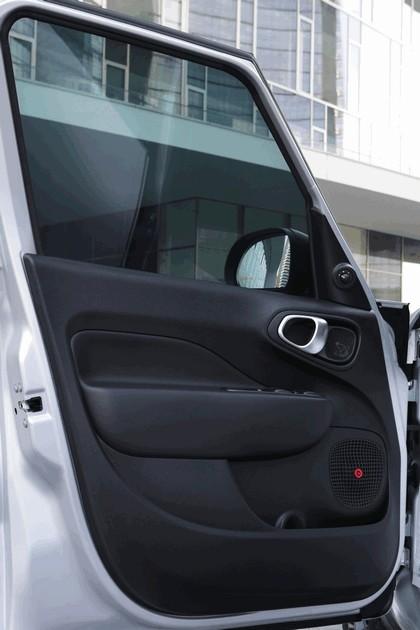 2014 Fiat 500L Beats Edition 46