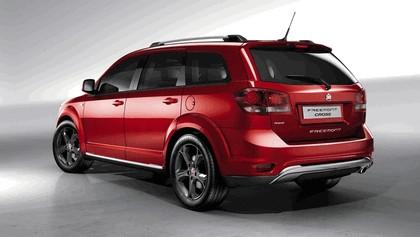 2014 Fiat Freemont Cross 2