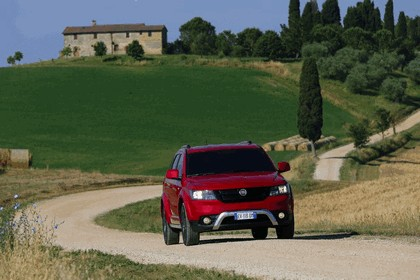 2014 Fiat Freemont Cross 12