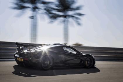 2014 McLaren P1 - Bahrain test 5