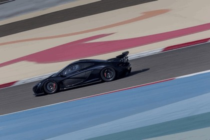 2014 McLaren P1 - Bahrain test 14
