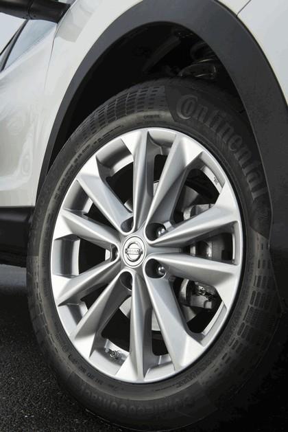 2014 Nissan Qashqai 1.5 dCi - UK version 38