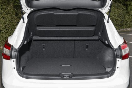 2014 Nissan Qashqai 1.5 dCi - UK version 46