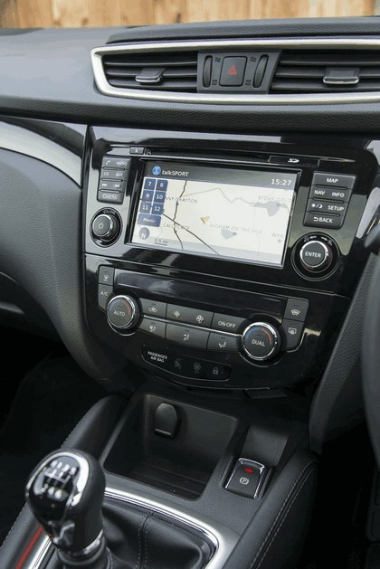 2014 Nissan Qashqai 1.6 - UK version 33
