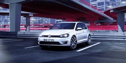 2014 Volkswagen Golf ( VII ) GTE 4