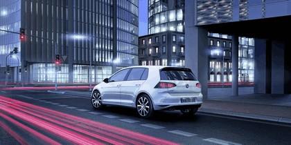 2014 Volkswagen Golf ( VII ) GTE 6