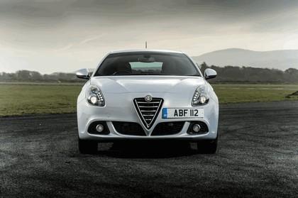 2014 Alfa Romeo Giulietta - UK version 4