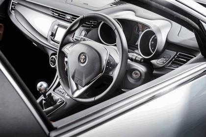 2014 Alfa Romeo Giulietta - UK version 11