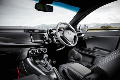 2014 Alfa Romeo Giulietta - UK version 12