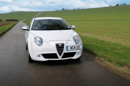 2014 Alfa Romeo MiTo - UK version 3