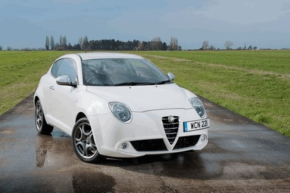 2014 Alfa Romeo MiTo - UK version 7