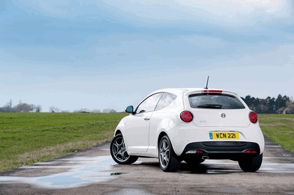 2014 Alfa Romeo MiTo - UK version 9