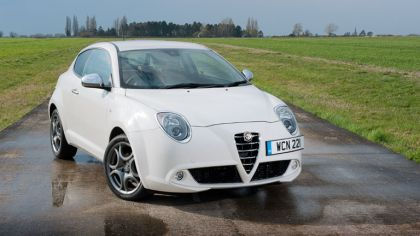 2014 Alfa Romeo MiTo - UK version 6