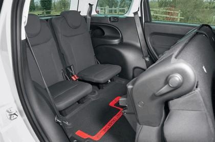 2014 Fiat 500L - UK version 16